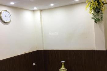 Cho thuê nhà riêng thích hợp hộ gia đình nhỏ ở Phố Huế