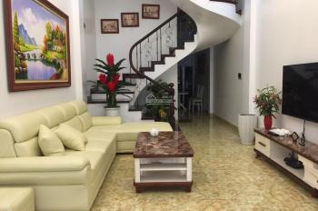 Bán nhà khu phố vip ngõ 2 Giảng Võ, Cát Linh, Đống Đa 65m2, MT 4.2m, KD tốt, giá 16.6 tỷ