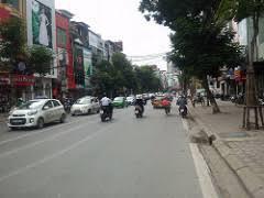 Cho thuê nhà số 260 Trần Quốc Hoàn, thang máy, 6 tầng, MT 4,4m