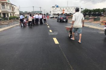 Bán đất 2 mặt tiền đường lớn, trung tâm Thuận An, chỉ 100 triệu/nền. LH: 0584155552