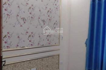 Cho thuê nhà riêng tại Do Lộ - Yên Nghĩa- Hà Đông. Diện tích 40m2, gồm 4 phòng ngủ, 5tr/th