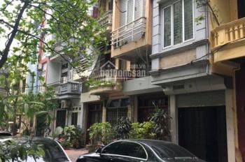 Chính chủ rất cần bán nhà phân lô Quận Ba Đình, DT: 40m2, 4 tầng, giá chào: 7,7 tỷ