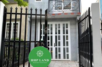 Bán căn nhà thổ cư 100%, đường ô tô ngay khu dân cư Tân Phong, giá tốt
