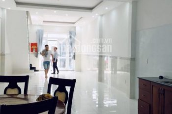 Cho thuê nhà lầu phường Phú Hòa làm văn phòng công ty, có nội thất, 2 phòng ngủ, diện tích 100m2