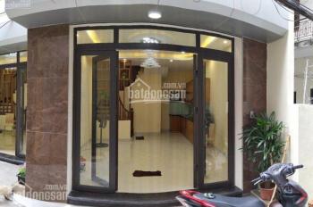 Bán nhà phố Phan Kế Bính, Ba Đình. Nhà đẹp, MT 5m, rất gần phố dt 35m2x5T giá 4,35 tỷ ( TL)