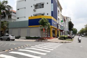 Cho thuê nhà góc 2 mặt tiền đường lớn Nguyễn Văn Linh Phú Mỹ Hưng, DT 9x18.5m, vỉa hè rộng, sầm uất