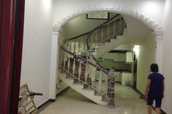 4.65 tỷ: Nhà lô 22 Lê Hồng Phong, DTMB: 60m2 (MT: 4.5m) 4 tầng, hướng Đông Nam
