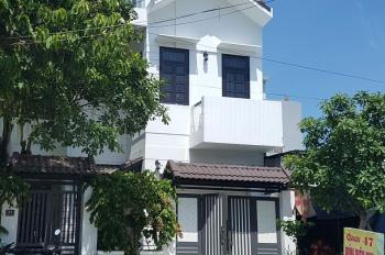Cần bán nhà 3 tầng đường Dương Thị Xuân Quý, DT 8,5x13m = 110,5m2 hướng Đông, 14 tỷ, LH: 0971618887