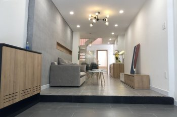 Bán nhà hẻm xe hơi 6m đường Bùi Đình Túy, P12, DT 60m2, 2 tầng, nhà đẹp tặng toàn bộ nội thất