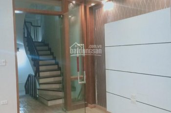 Cho thuê nhà phố Trần Khát Chân phù hợp làm VP công ty, spa, salon tóc, shop thời trang, phụ kiện