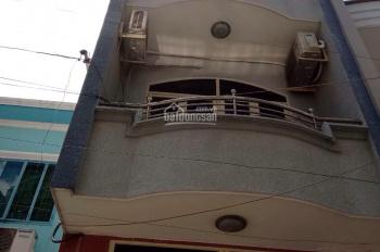 Cho thuê nhà hẻm xe hơi Đông Xoài, DT 3,5mx10m, 1 trệt 2 lầu, 5PN, P13, Tân Bình. 0935.035.231