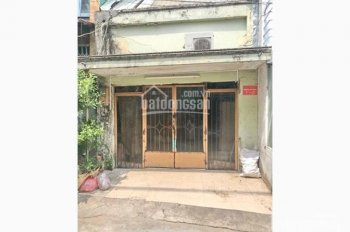 Tôi cần bán gấp nhà cấp 4 cũ ngay KCN Vĩnh Lộc, 1 tỷ 450tr. LH: 0937211635 C Hương