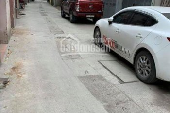 Bán gấp phố Bùi Xương Trạch, Thanh Xuân - Ô tô đỗ - Giá chỉ 2,65 tỷ