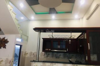 Bán nhà 4 tầng hẻm xe tải đường Tôn Thất Thuyết, Q4