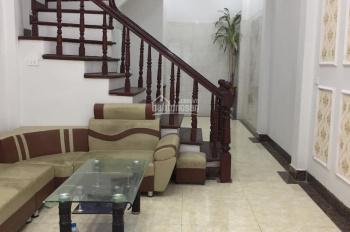 Bán nhà ngõ 467 Lĩnh Nam, Hoàng Mai, Hà Nội 40m2, 4 tầng 2.1 tỷ (có thương lượng), LH: 0966406609