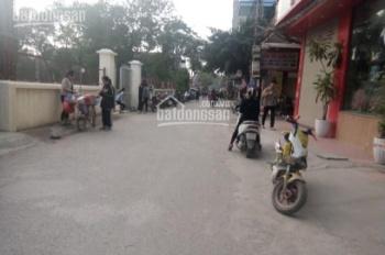 Bán đất trục chính kinh doanh tốt Cửu Việt, Trâu Quỳ. DT: 92m2, MT: 5m, giá: 42.5tr/m2