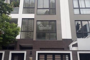 Kẹt tiền bán nhà mặt tiền đường Nguyễn Biểu Quận 5 giá siêu rẻ chỉ 12,6 tỷ