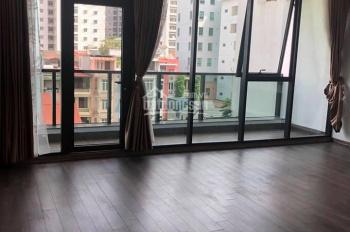 Chính chủ bán nhà mặt phố Nguyễn Trường Tộ, DT 76.5m2 5 tầng MT 7,2m, giá 32 tỷ. LH 0967458080