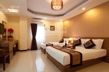 Cần cho thuê khách sạn 29 phòng, mặt tiền Đề Thám Q1, hầm trệt 6 lầu, giá 197.46 triệu/th