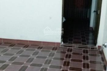 Bán nhà chính chủ chưa qua lái phố Tôn Đức Thắng - Quận Đống Đa, 37m2, 2,5T, giá rẻ, chỉ 2,6 tỷ