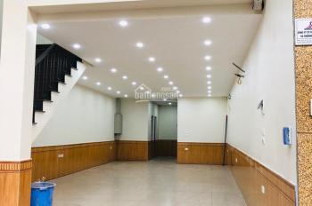Cửa hàng phố Trung Kính, 65m2, chỉ 22tr/th, chuyển đồ vào kinh doanh ngay. LH: 0988904826