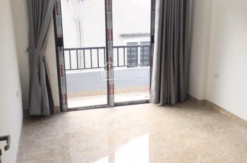 Mới xây, giá 10 tr/th, 4 tầng, 4PN, 299 Hoàng Mai