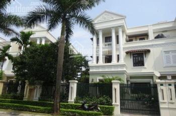 Bán gấp biệt thự đường Hoàng Văn Thụ, Phú Nhuận. DT 18mx21m, hầm, 3 lầu, sân vườn, giá 55 tỷ