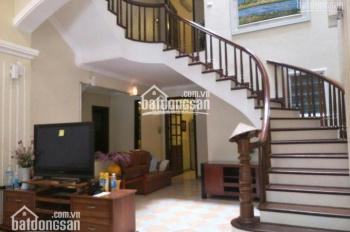 Cho thuê nhà riêng DT 120m2, 4 tầng có ga ra ô tô, ngõ 310 Nghi Tàm, Tây Hồ, HN