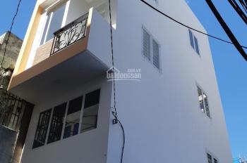 Cần bán căn nhà 2 mặt tiền hẻm lớn, TT Q4, trệt- lửng- 2 lầu - ST, có thể kinh doanh, làm văn phòng