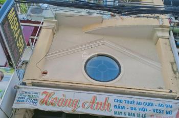 Nhà nguyên căn, 1 trệt, 4 lầu mặt tiền hẻm Nguyễn Đình Chiểu gần chợ Bàn Cờ 29tr/tháng