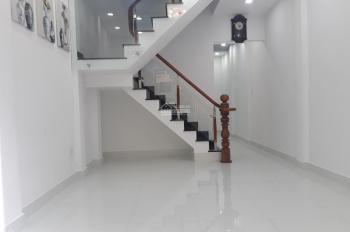 Nhà Thật Hình Thật- Hẻm Xe hơi Chu Văn An,Bình Thạnh, 68m2- Giá 4ty350- khu dân trí cao thích hợp Ở