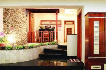 Cần bán gấp tòa nhà văn phòng, góc đường Lê Văn Lương, DT: 186m2, DTSXD: 1122m2 Q7