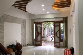 Bán nhà hẻm xe hơi cách MT 50m đường Trần Quang Diệu, Quận 3