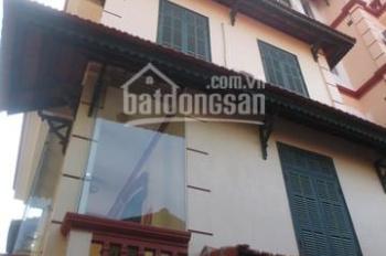 Cho thuê nhà ngõ 12 Đặng Thai Mai, có gara ô tô, 3 phòng ngủ khép kín