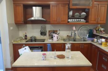 Bán căn hộ 128m2 chung cư Hapulico 3 phòng ngủ , nội thất gỗ cao cấp giá chỉ 30tr/m2