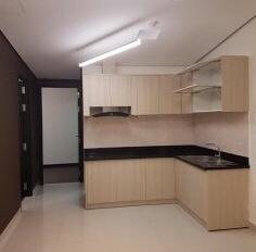 Tôi cần bán chung cư Tản Đà Court quận 5. DTSD: 105m2, 3 phòng ngủ, tặng lại NTCC