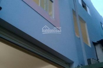 Cần bán gấp nhà đường Đỗ Xuân Hợp, Q9, DTS 210m2, giá 3.6 tỷ, liên hệ 0915224799