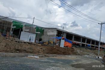 Cho thuê kho, nhà xưởng đang xây dựng nằm ngay trong trục chính của Khu công nghiệp của Long An