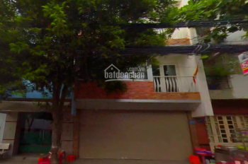 Cho thuê nhà 2 mặt tiền Tôn Thất Thuyết, quận 4, DT 6x16m, 1 trệt 3 lầu, 5PN. LH: 0903.766.367