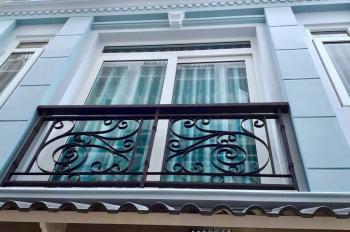 Chính chủ cho thuê nguyên căn 1 trệt, 4 lầu, ngay trung tâm quận Phú Nhuận, LH 0903150465 chị My