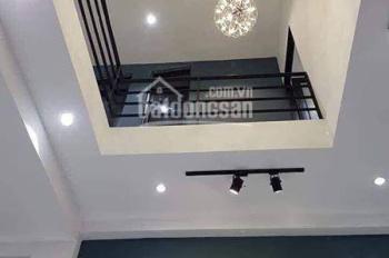 Bán nhà đường Trịnh Đình Thảo  - kết cấu: nhà 5 tầng, có thang máy,  lh : 0905 494 976