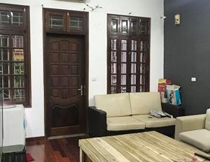 Cho thuê nhà 70m2 x 5 tầng - Xây hiện đại - cách phố Nguyễn Chí Thanh 10m - miễn phí môi giới 100%