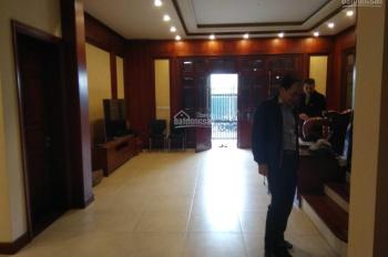 Cho thuê nhà mặt phố Mạc Thái Tổ, Yên Hòa, Cầu Giây. DT 380m XD 220m x 5t, mt 13m. Giá 200tr/th.