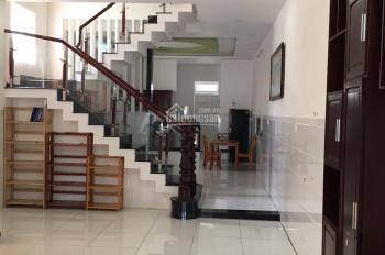 Cho Thuê Nhà 1 trệt 2 lầu  03 phòng , đầy đủ nội thất, giá 15 tr KDC Hiệp Thành 3 . Thủ Dầu Một