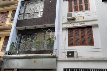 Chính chủ cho thuê nhà 5 tầng ngõ ô tô 260 Đội Cấn, Ba Đình, giá 32 triệu/tháng, tel 0985030081