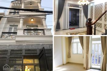 Bán nhà mặt tiền gần Vincom Thủ Đức, 3 lầu, 210m2, sổ hồng hoàn công, chính chủ. LH 0977.17.27.33