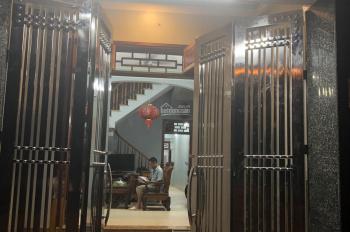 Chính chủ bán nhà mặt tiền đường Bạch Đằng, TP. Hưng Yên, 110m2, nhà mới xây vào ở ngay