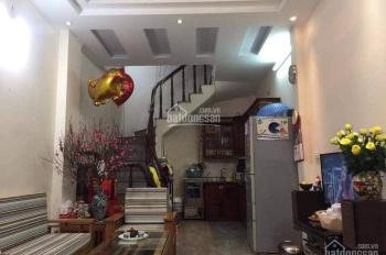 Chính chủ bán gấp nhà Nguyễn Cao, Hai Bà Trưng, ngõ chợ, tiện kinh doanh, 4 tầng, giá 2.3 tỷ