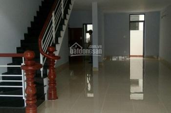Tôi cần cho thuê nhà phố khu Lakeview City quận 2 đã hoàn thiện 5mx20m, giá 30 tr/th, LH 0907788570
