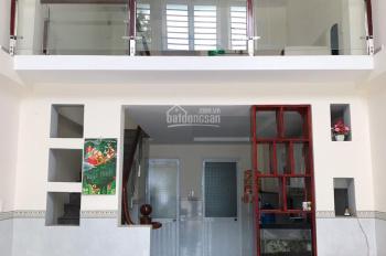 Nhà ngay QL1K, 1 trệt 2 lầu, DT 35m2 đất, SHR sang tên, nhà xây mới hoàn toàn, LH 0919 88 2378